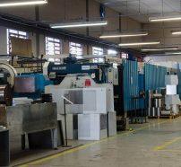 Vista interna da fábrica.